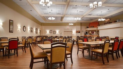 Breakfast Area | Best Western Watertown Fort Drum