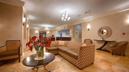 Lobby Sitting Area | Best Western Watertown Fort Drum