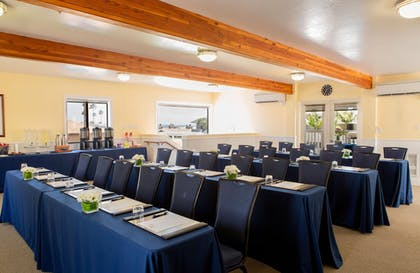 Meeting Facility | Pismo Lighthouse Suites