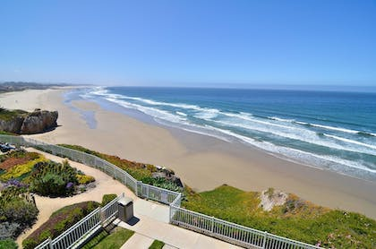 Beach | Pismo Lighthouse Suites