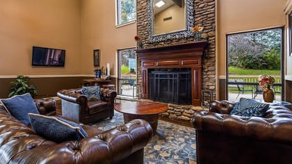 Lobby | Best Western Shelbyville Lodge