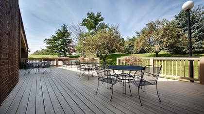 Terrace/Patio | Best Western Shelbyville Lodge