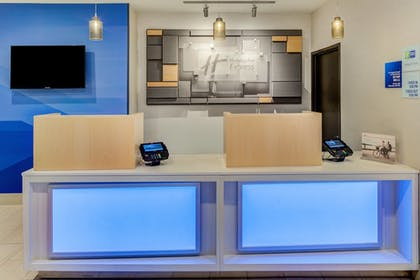 Interior | Holiday Inn Express Newberg - Wine Country