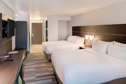 Guestroom | Holiday Inn Express Newberg - Wine Country