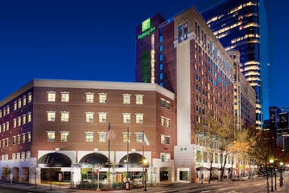 Featured Image | Holiday Inn Charlotte Center City