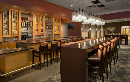 Hotel Lounge | DoubleTree Suites by Hilton Minneapolis Downtown