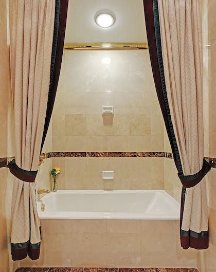 Deep Soaking Bathtub | Hotel Elysee by Library Hotel Collection