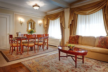 In-Room Dining | Hotel Elysee by Library Hotel Collection