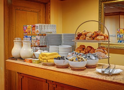 Food and Drink | Hotel Elysee by Library Hotel Collection