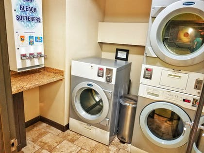 Laundry Room | Best Western Plus Inn At The Vines