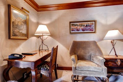 | One Bedroom Suite | Inn at Aspen
