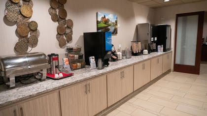 Breakfast buffet | Best Western Plus Capitol Ridge