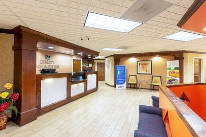 Lobby   Quality Inn And Suites Civic