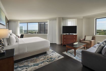 Guestroom | Delta Hotels by Marriott Richmond Downtown