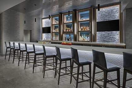 Restaurant | Delta Hotels by Marriott Richmond Downtown
