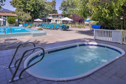 Pool | Best Western Corte Madera Inn