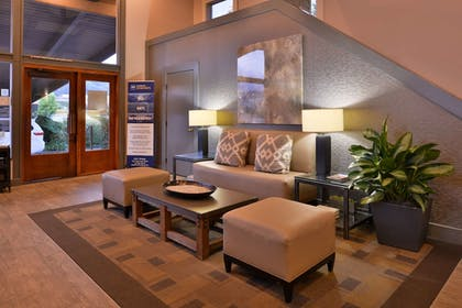 Interior Entrance | Best Western Corte Madera Inn