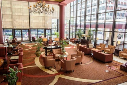 Lobby Lounge | City Place St. Louis - Downtown Hotel