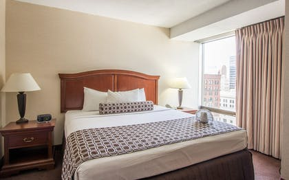 Guestroom | City Place St. Louis - Downtown Hotel