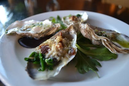 Food and Drink | Inlet Tower Hotel And Suites