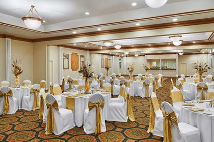 Ballroom | Best Western Plus Milwaukee Airport Hotel & Conference Ctr