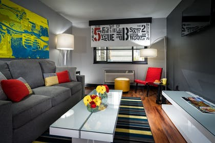 Living Area | Staypineapple, Hotel FIVE, Downtown Seattle