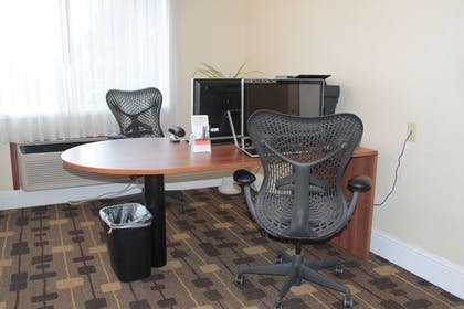 Business Center | Holiday Inn Express Hotel & Suites Corning