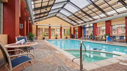 Pool | Best Western University Inn