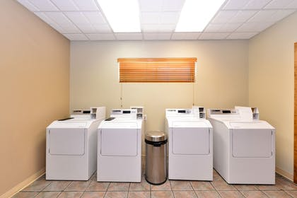 Laundry Room | Best Western University Inn