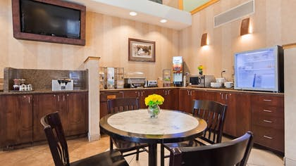 Restaurant | Best Western University Inn