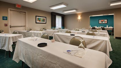 Meeting Facility | Best Western Hartford Hotel & Suites