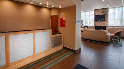Reception | Best Western Hartford Hotel & Suites