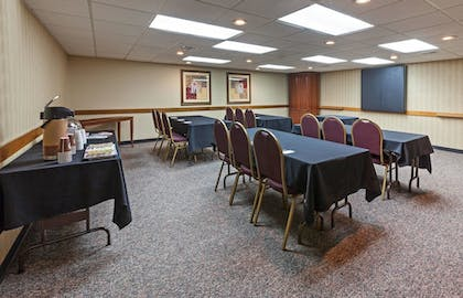 Meeting Facility | AmericInn by Wyndham Oklahoma City Airport