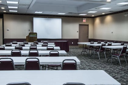 Meeting Facility | Lamplighter Inn & Suites - North