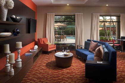 Restaurant | Courtyard by Marriott Fort Lauderdale East/Lauderdale-by-the-Sea