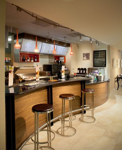 Cafe | Courtyard by Marriott Fort Lauderdale East/Lauderdale-by-the-Sea