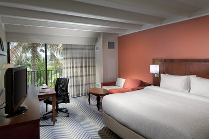 Room | Courtyard by Marriott Fort Lauderdale East/Lauderdale-by-the-Sea