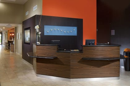 Interior | Courtyard by Marriott Fort Lauderdale East/Lauderdale-by-the-Sea
