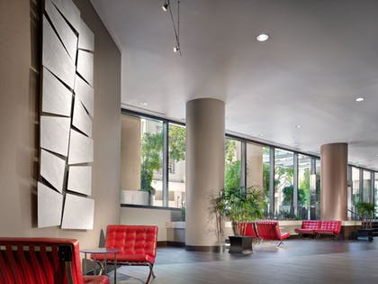 Lobby Sitting Area | Parc 55 San Francisco