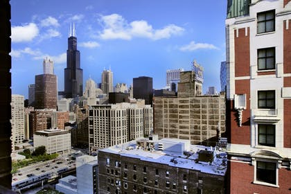 View from Hotel   Hilton Chicago