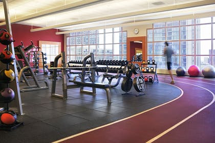 Fitness Facility | Hilton Chicago