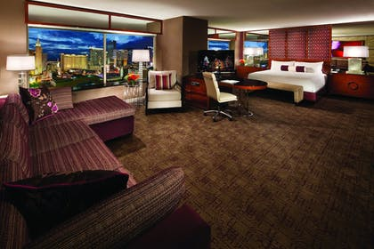 | Tower Spa Suite + Grand Two Queen Room  | MGM Grand Hotel & Casino