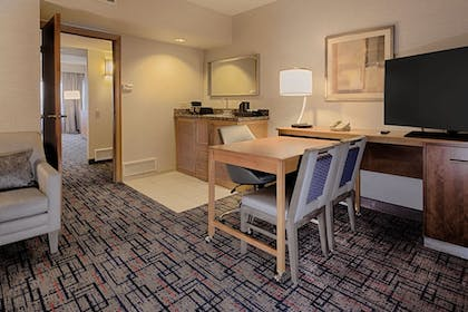 | 2 Queen Beds 2 Room Suite | Embassy Suites by Hilton Chicago O'Hare Rosemont