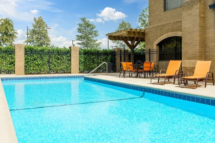 Pool | Holiday Inn Charlotte University Executive Park