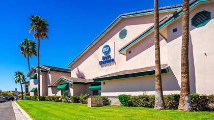 Featured Image   Best Western Superstition Springs Inn