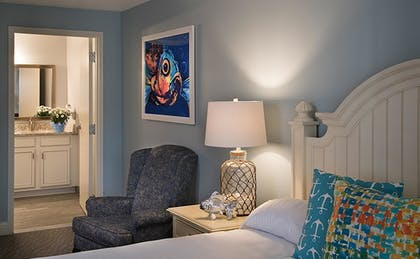 Guestroom | Cape Codder Resort and Spa