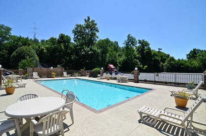 Outdoor Pool | Travelers Inn and Suites