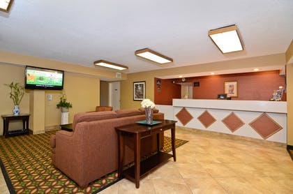 Lobby | Travelers Inn and Suites