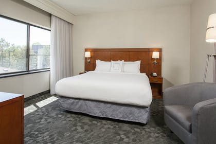 Guestroom | Courtyard by Marriott Rochester Brighton