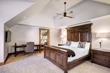 Guestroom | The Lodge at Vail, A RockResort